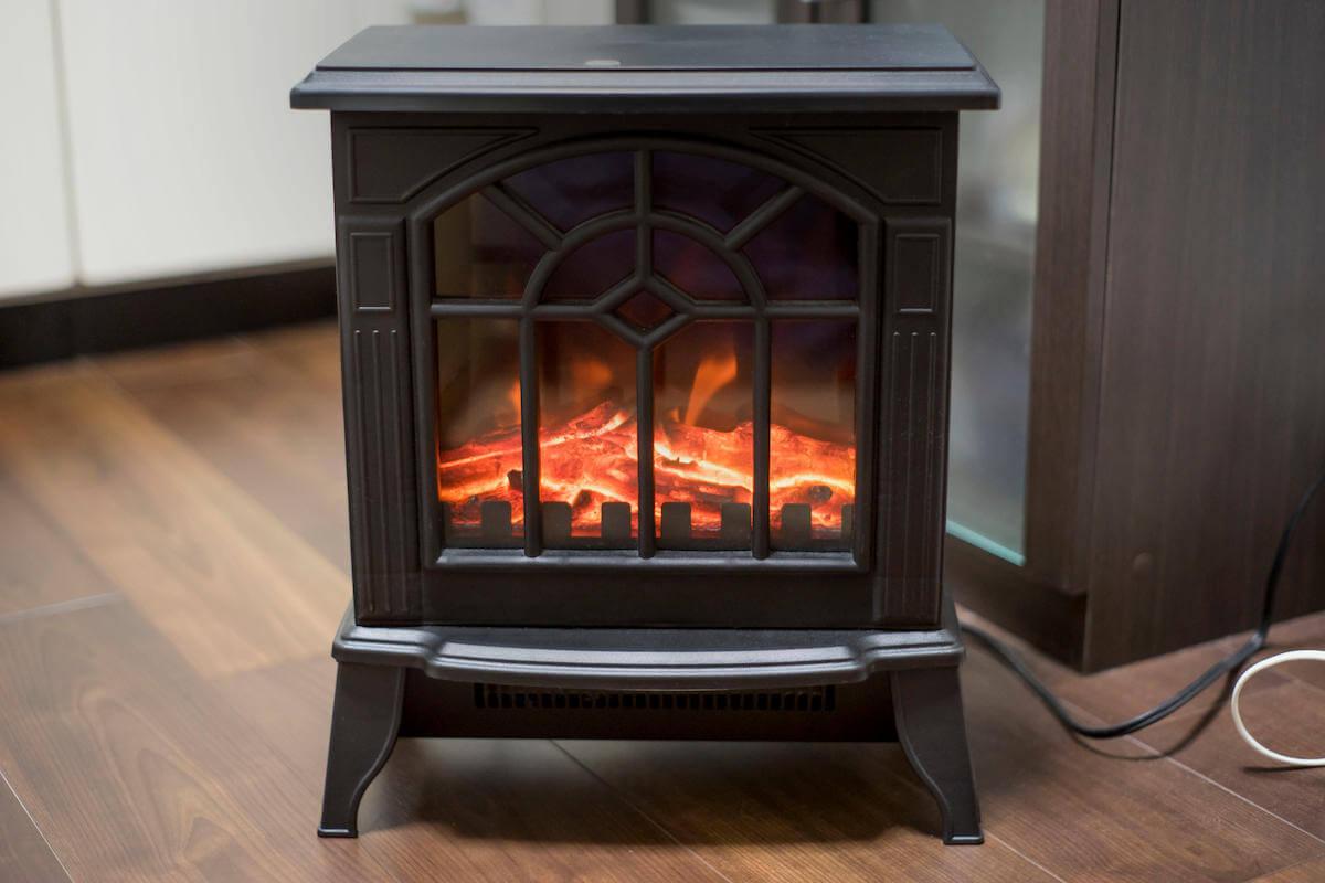 暖炉型ヒーター